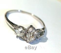 Antique 18K White Gold 3 Stone Old Mine Cut Oval and Round 3 Stone Ring Sz 5.75