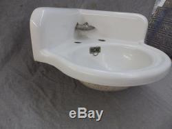 Antique Cast Iron White Porcelain Corner Bath SInk Old Standard Vintage 422-17E