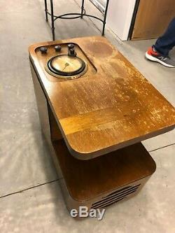 Antique Vintage Old 1938 Wood Philco Chairside Tube AM Radio Model 38-7CS