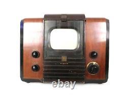 VINTAGE 1940s JOHN VASSOS ANTIQUE RCA VICTOR PRE-WAR channel 1 OLD TELEVISION