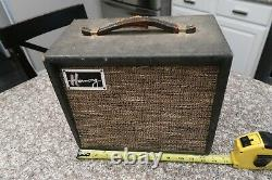 Vintage Harmony Model H303 Guitar Amp Amplifier Turns On Tubes Glow Rare Old