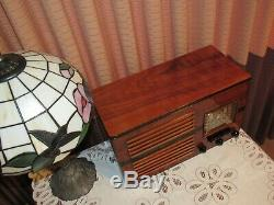 Vintage old wood antique tube radio 1939 Emerson Mdl CQ 286 Very Nice