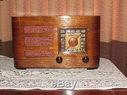 Vintage old wood antique tube radio Crosley Mdl 52 TA Super nice radio