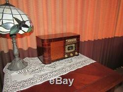 Vintage old wood antique tube radio ZENITH Mdl 6S527 A Beauty