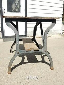 Vtg Cast Iron Legs Table industrial Kitchen Shuffleboard Repurpose Steampunk OLD